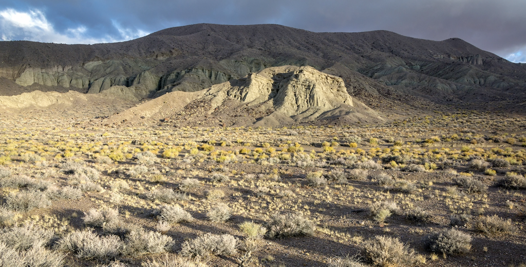 A landscape photo of a Nevada desert